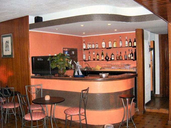 angolo bar con mensole : dai regionali ai nazionali, dove Barbara ed Antonio li propongono